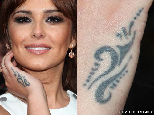 Tattoo on the buttocks - beautiful and vulgar